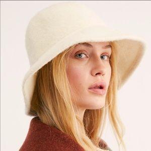 F ree People Devon Wool Bucket Hat NEW